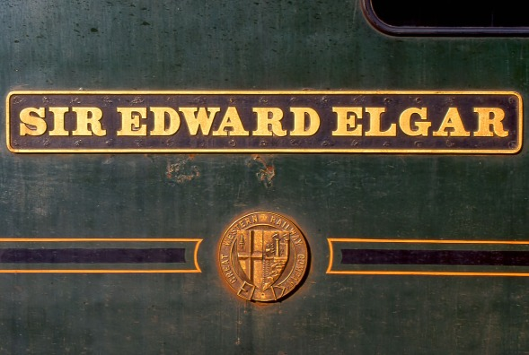 Sir_Edward_Elgar_Nameplate_1991